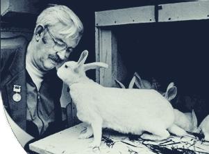 Михайлов и его кролики
